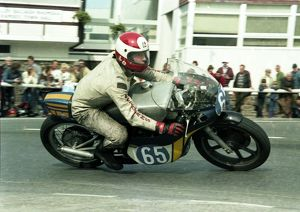 Tony Russell (Yamaha) 1983 Junior Manx Grand Prix
