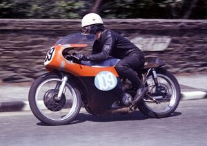 Tony Rutter (Norton) 1965 Junior TT