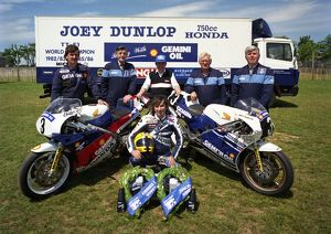 To the victor; the spoils; Joey Dunlop and team 1988 TT